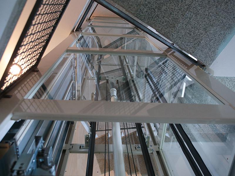 Impianto ascensore a Varese Top Level ascensori